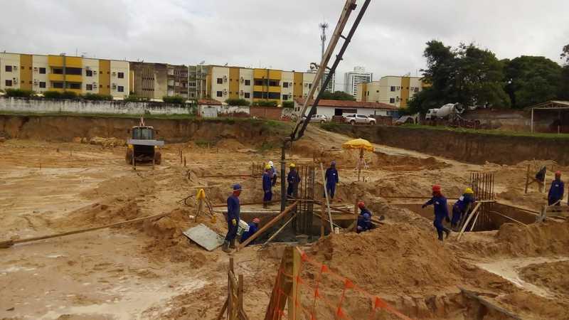 obras de maternidade do Piauí