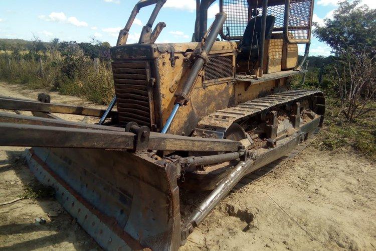 áreas de desmatamento e extração ilegal de madeira em Parnaguá
