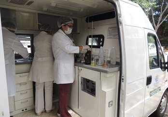 Laboratório móvel agespisa