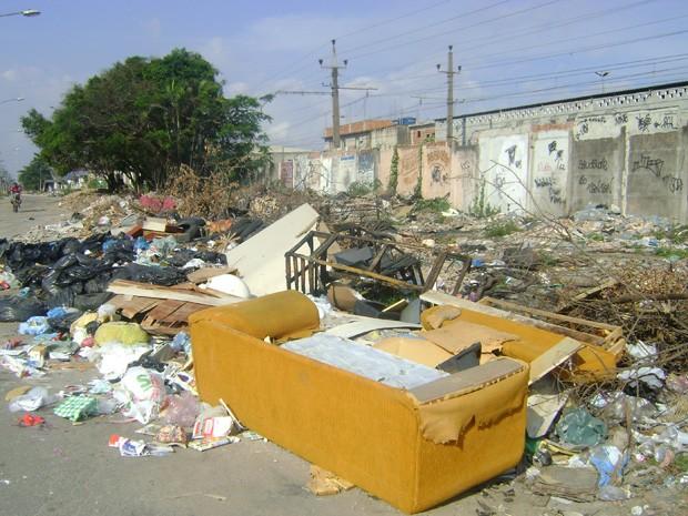lixo irregular