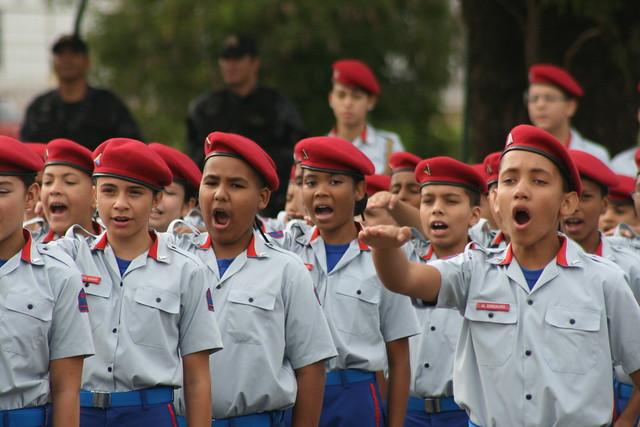 escolas militares no Brasil